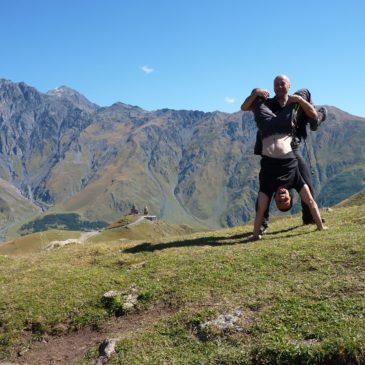 Kaukaz rowerem – krótki klip z wyprawy !